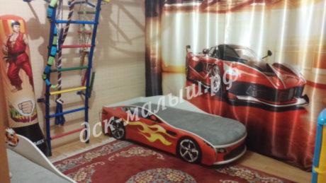 Бондмобиль красный, кровать-машинка с подъемным механизмом